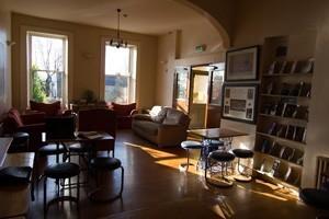 Lounge-Room-300x200