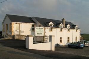 Exterior Malinbeg Hostel Donegal